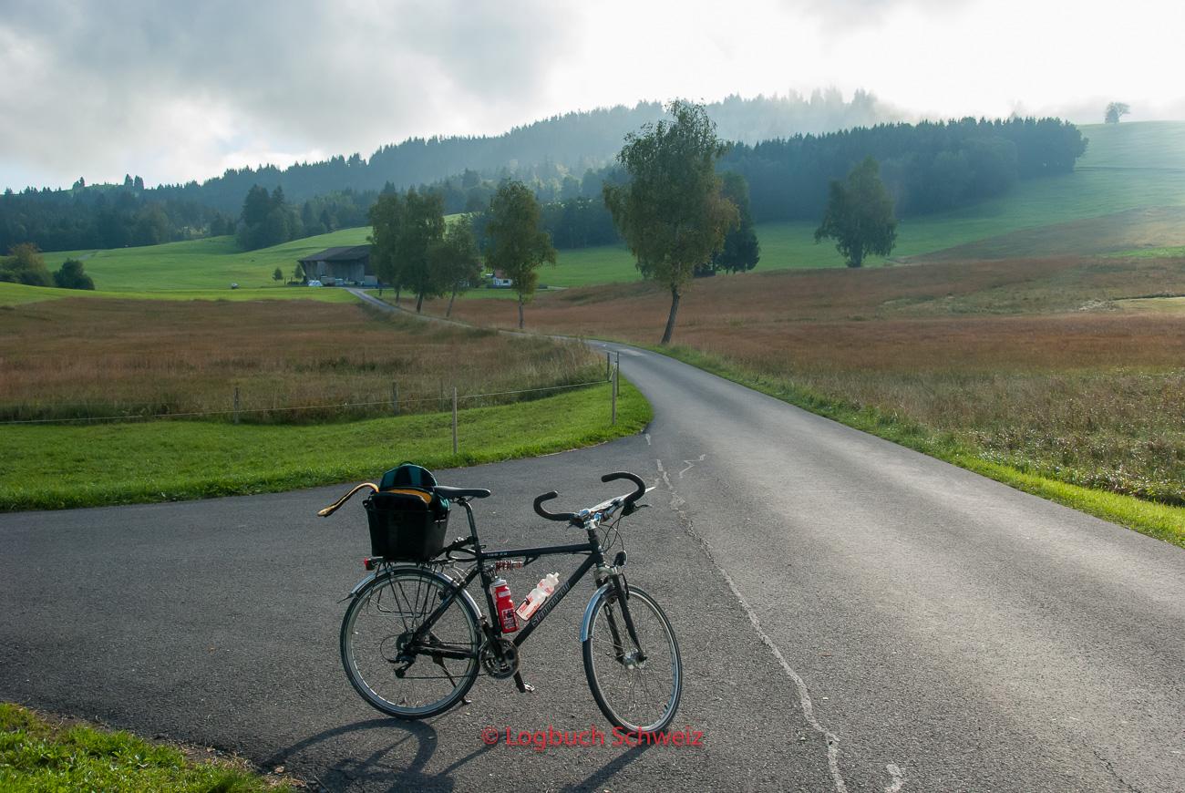 Mit dem Fahrrad rund um den Ägerisee