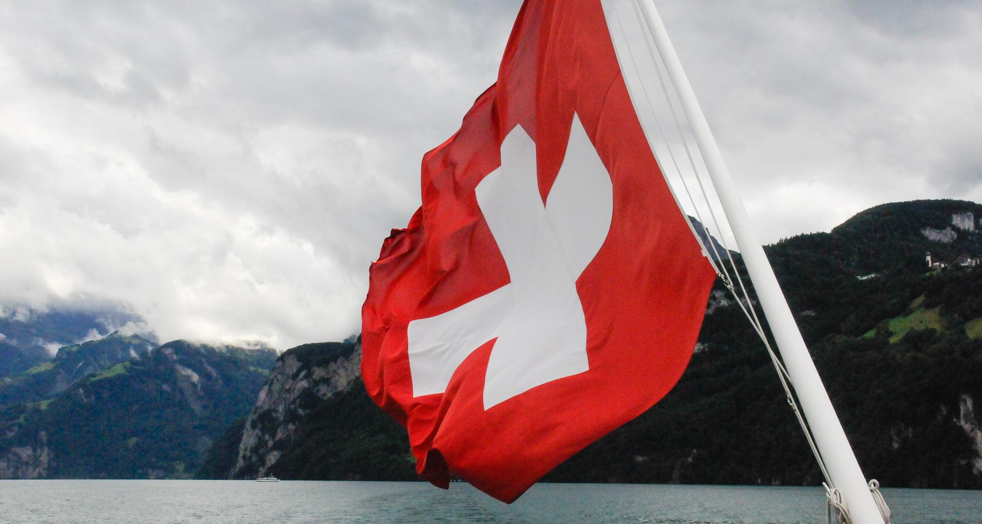 Schweizer Flagge, Vierwaldstätter See