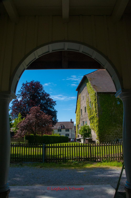 Gegenüber der Badi in Steinach liegt das alte Speichergebäude