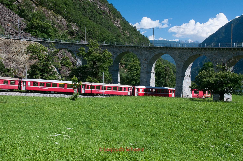Bernina Pass mit dem Fahrrad, Bernina Express