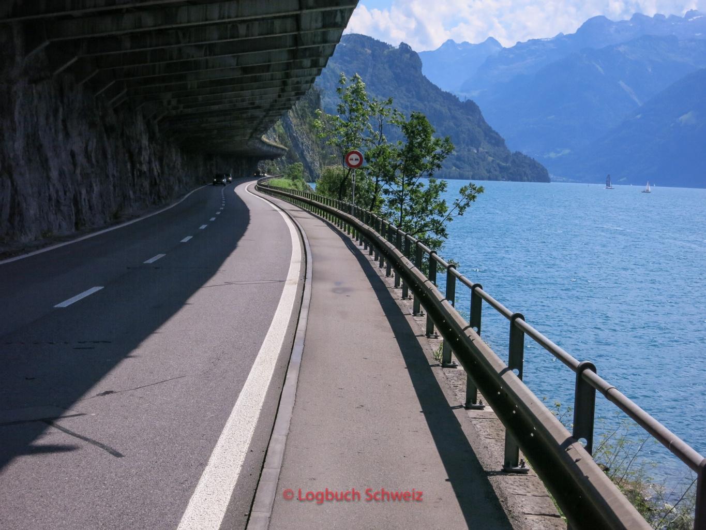 Vierwaldstätter See mit dem Fahrrad, Axenstraße