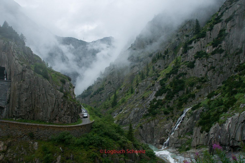 Gotthard Pass mit dem Fahrrad, Schöllenenschlucht
