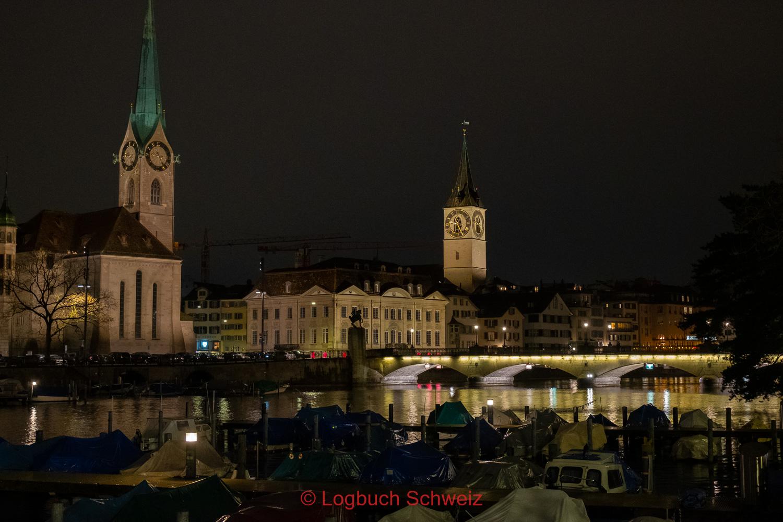 Die Chagall Fenster bilden den Chorabschluss im Fraumünster in Zürich